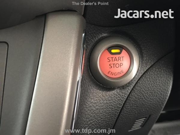 Nissan Sylphy 1,6L 2015-7
