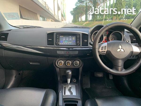 Mitsubishi Lancer 2,0L 2015-4