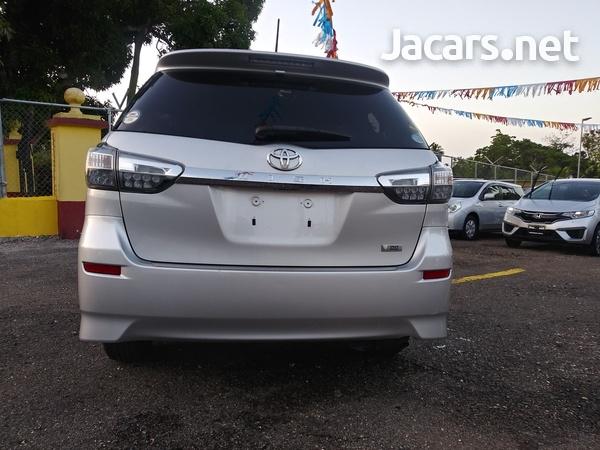 Toyota Wish 1,8L 2015-12
