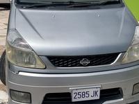 Nissan Serena 2,0L 2005