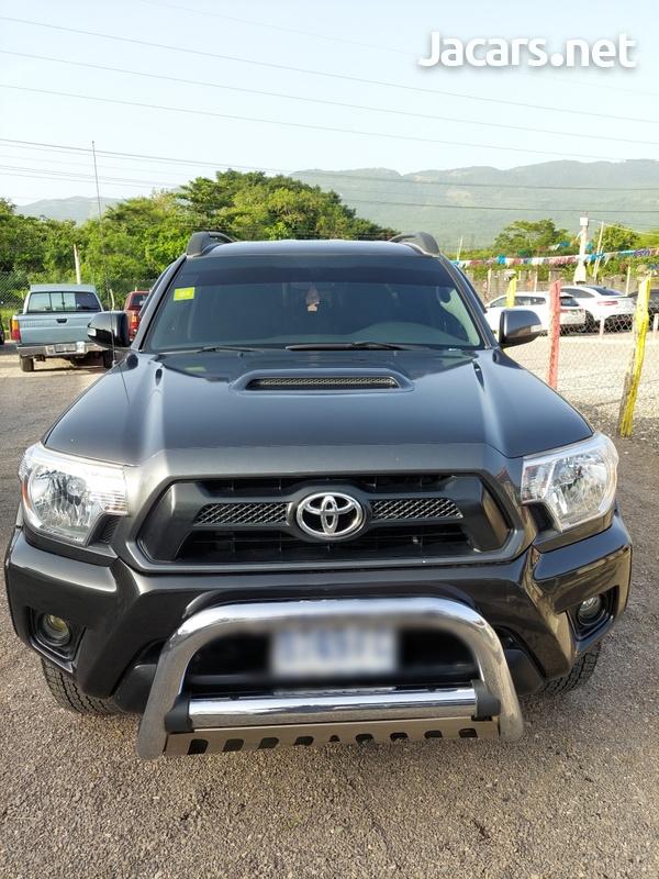 Toyota Tacoma 4,0L 2012-1