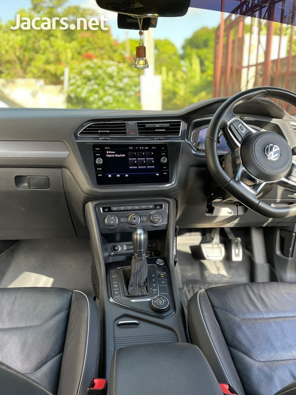 Volkswagen Tiguan 2,0L 2020-7
