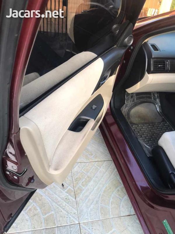 Honda Accord 2,0L 2013-10