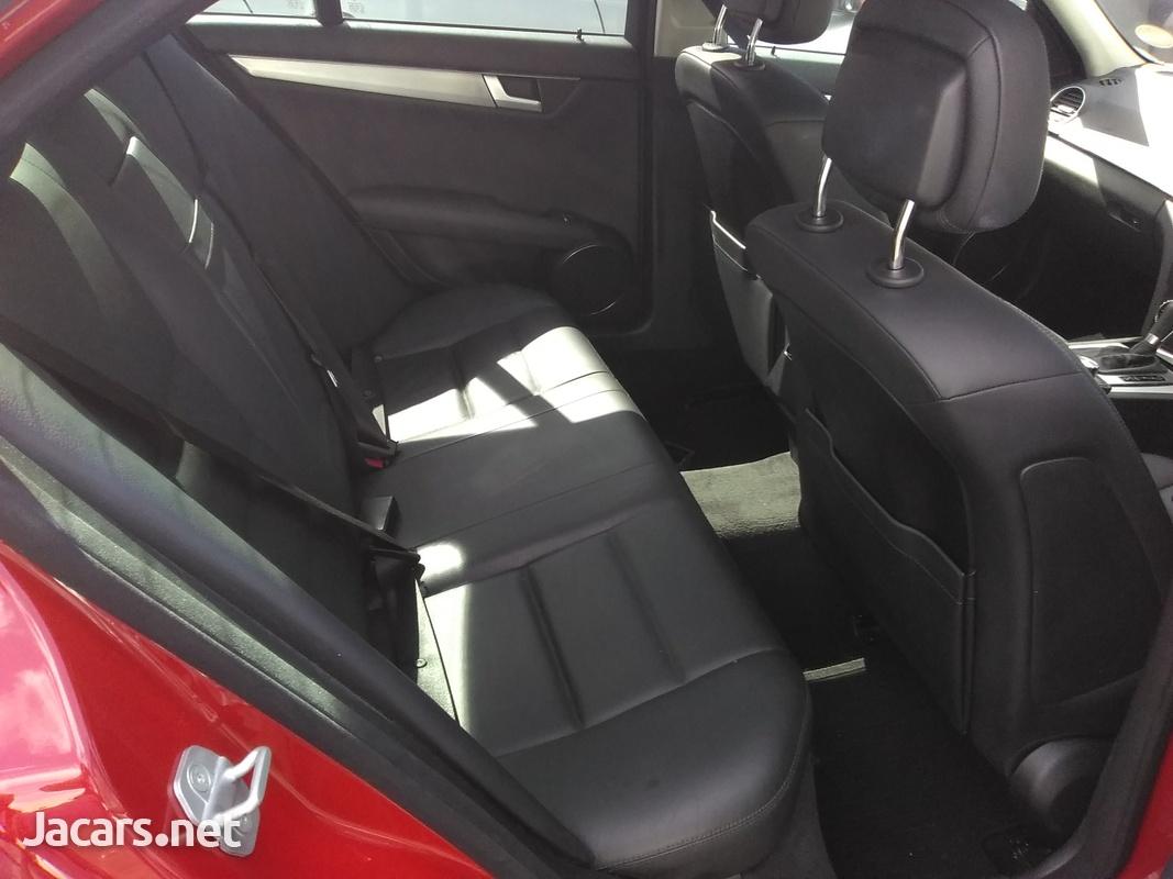Mercedes-Benz C-Class 1,6L 2013-6