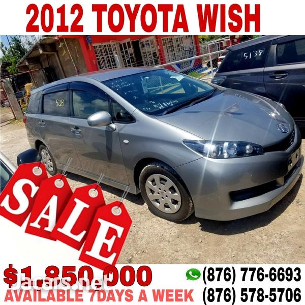 Toyota Wish 2,0L 2012-1