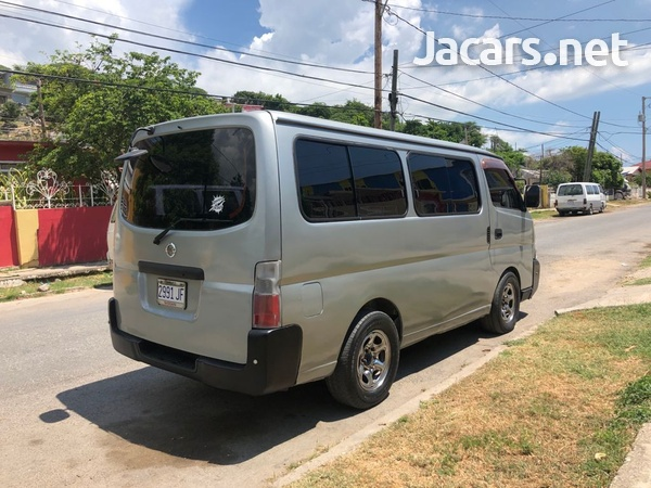 Nissan Caravan 2,0L 2002-5