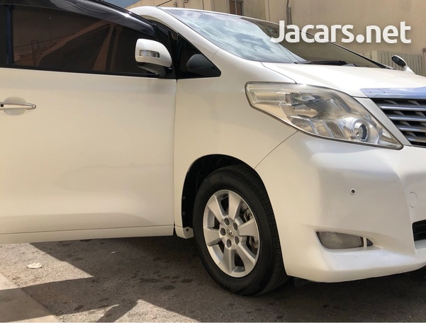 Toyota Alphard 2,4L 2011-8