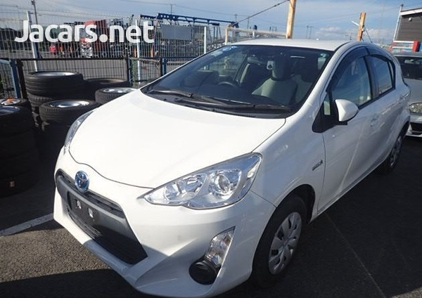 Toyota Aqua 1,5L 2016-5