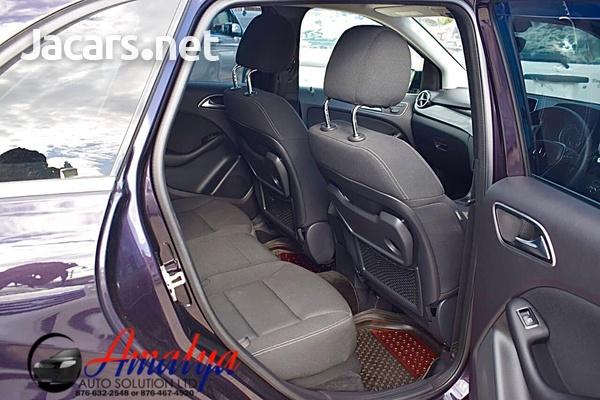 Mercedes-Benz B-Class 2,0L 2014-7
