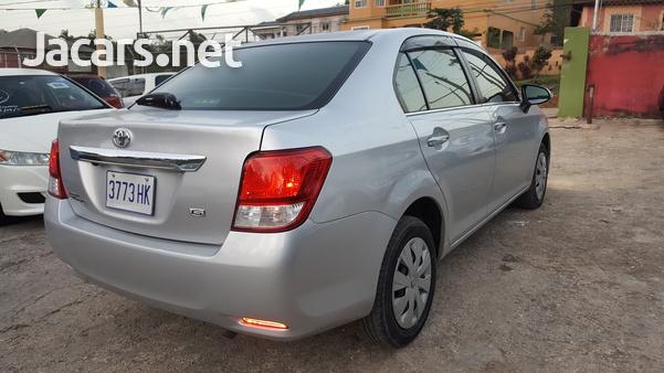Toyota Axio 1,5L 2013-7