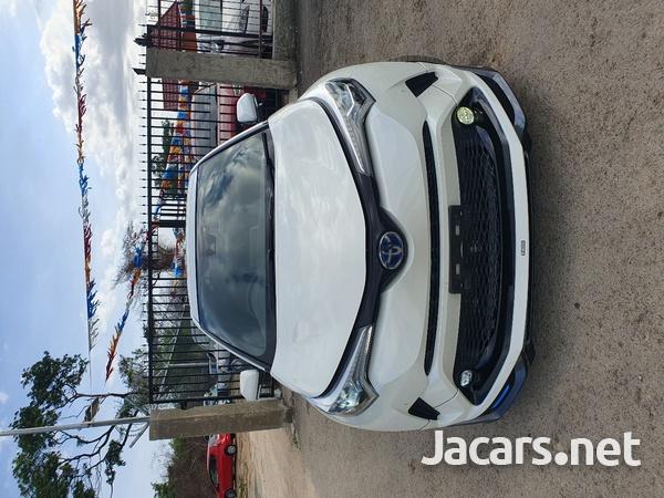 Toyota C-HR 2,0L 2018-1
