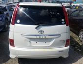Toyota Isis 1,7L 2010