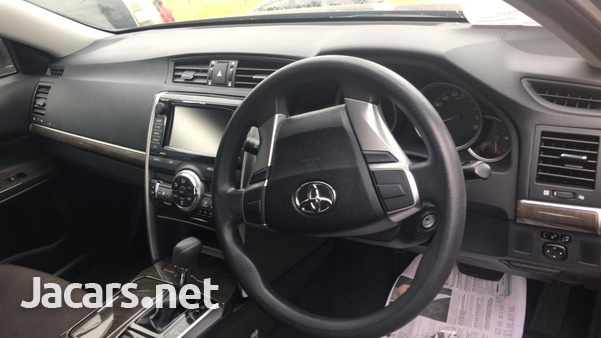 Toyota Mark X 2,5L 2016-4
