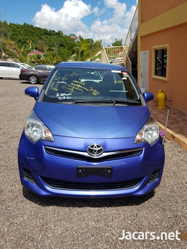 Toyota Ractis 1,5L 2012-1