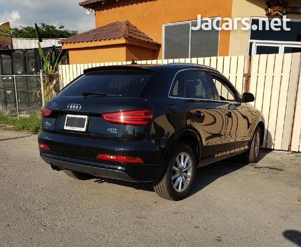 Audi Q3 2,0L 2013-4