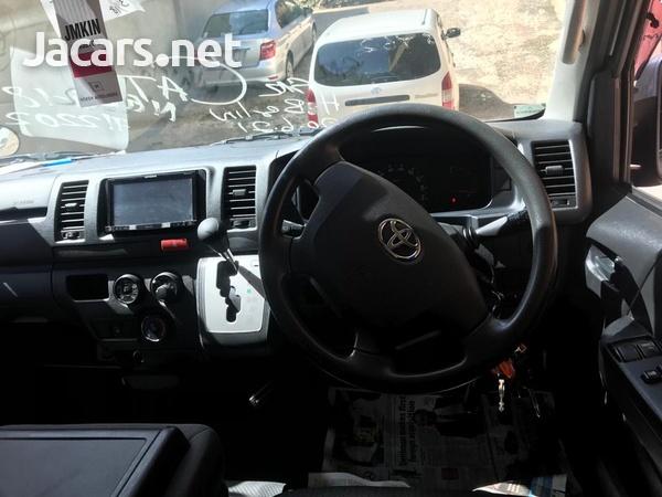 2015 Toyota Hiace Bus-11