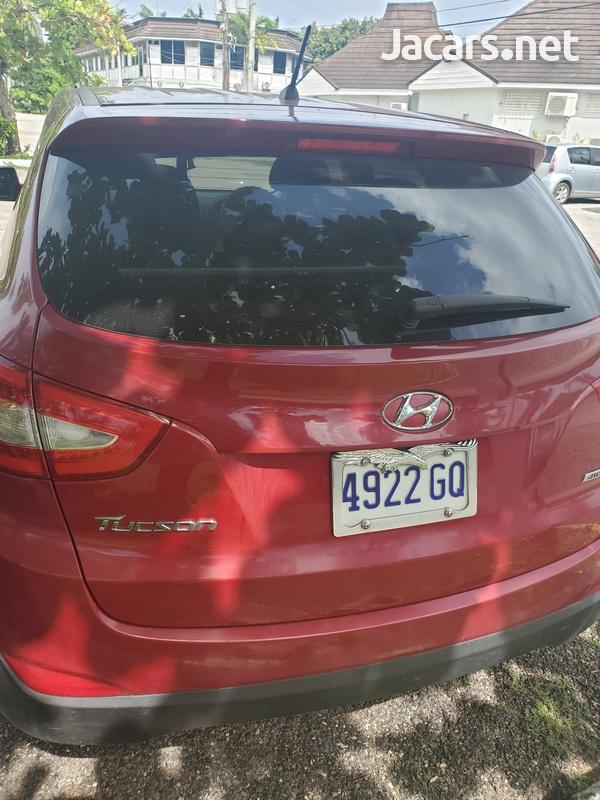Hyundai Tucson 2,0L 2014-3