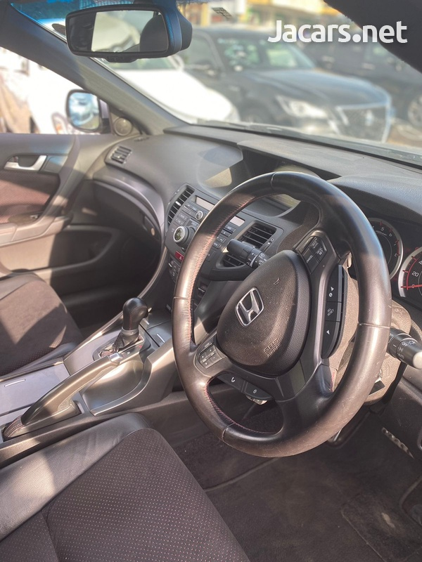 Honda Accord 2,4L 2012-8
