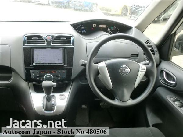 Nissan Serena 2,0L 2014-3