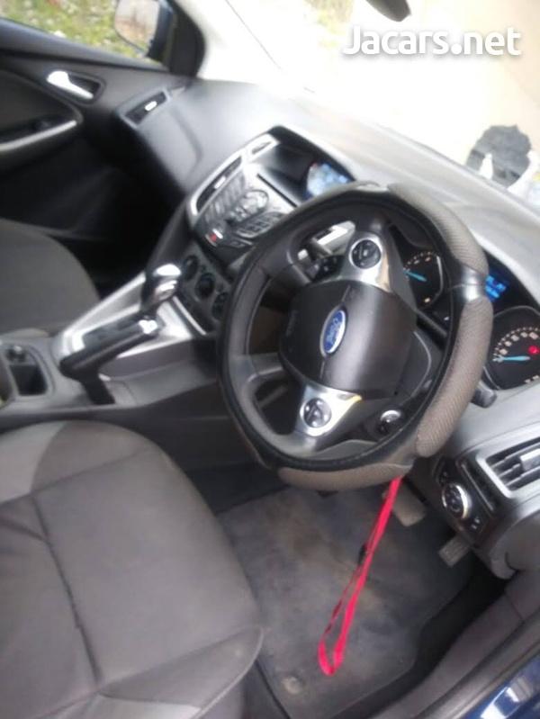 Ford Focus 1,8L 2013-4
