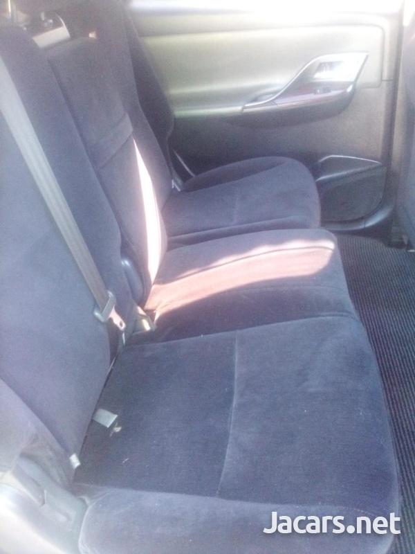 Toyota Mark X 2,0L 2011-2