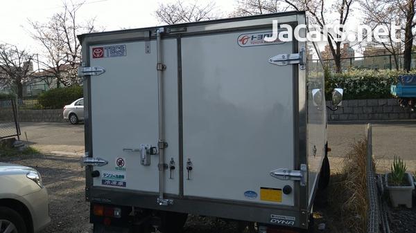 2015 Dyna Freezer Truck-2
