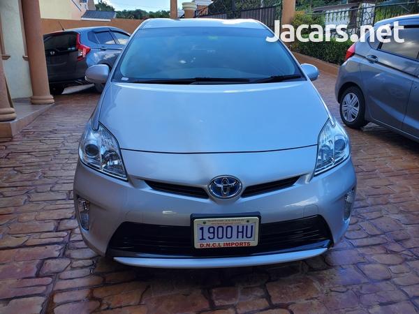 Toyota Prius 1,8L 2013-6
