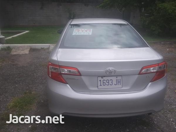 Toyota Camry 2,5L 2012-6