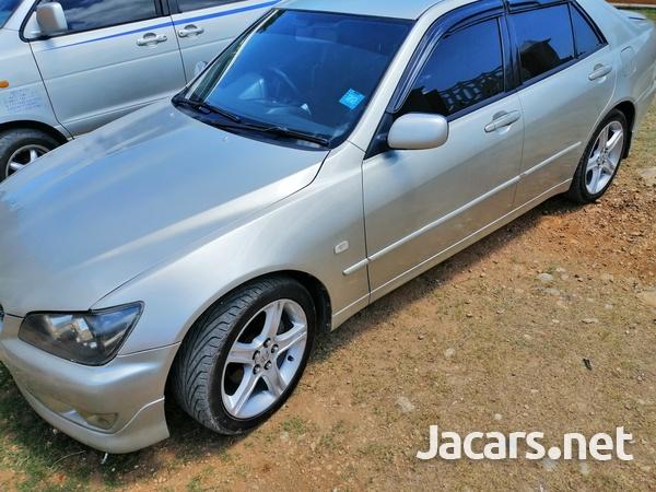 Lexus IS 2,0L 2003-1