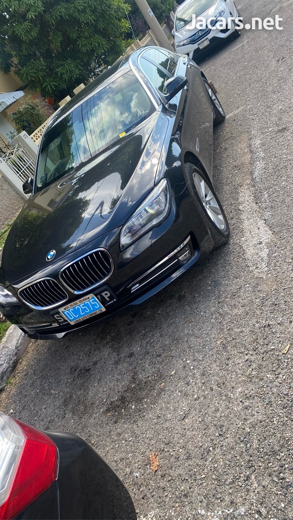 BMW 7-Series 3,0L 2015-2