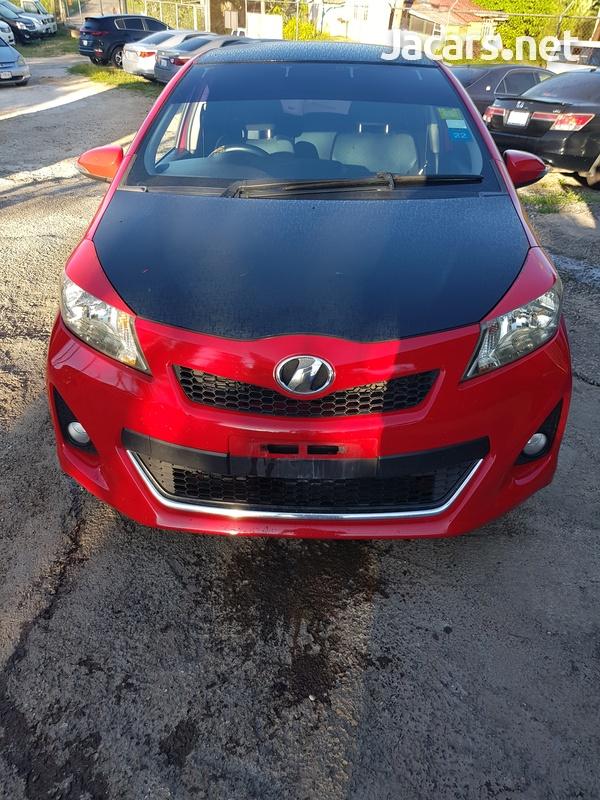 Toyota Vitz 1,5L 2012-1