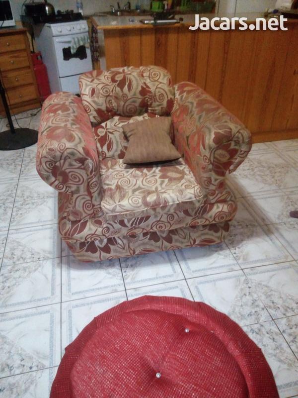 comfortable settee-3