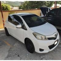 Toyota Vitz 1,0L 2013