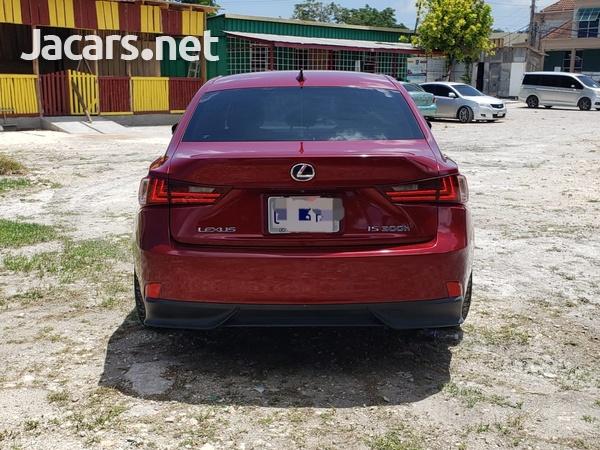Lexus IS 2,5L 2014-5