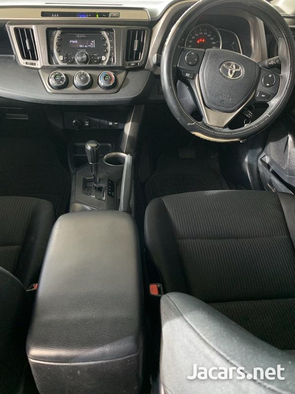 2014 Toyota Rav4-5