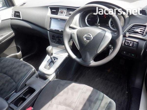 Nissan Sylphy 1,5L 2016-4