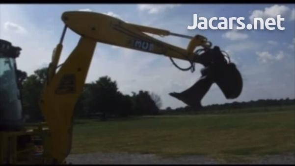 2007 JCB 3C Backhoe-6