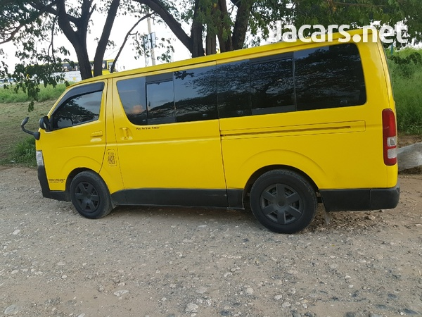 2012 Toyota Regiusace Bus-5