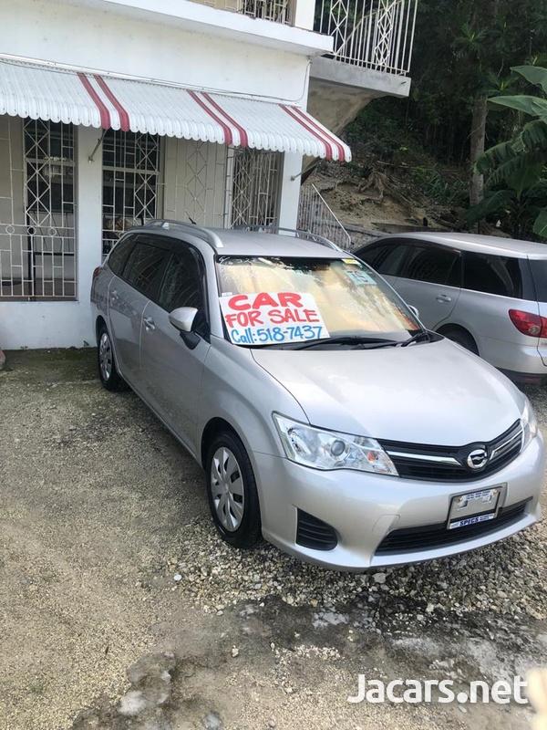 Toyota Fielder 1,6L 2012-2