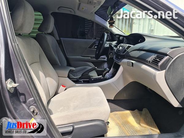 Honda Accord 2,4L 2013-7
