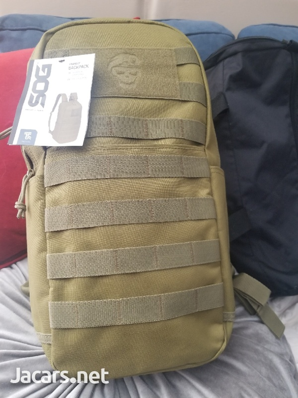 universal back pack-1