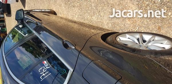 BMW 5-Series 3,0L 2013-6