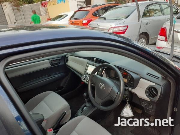 Toyota Axio 1,4L 2015-5