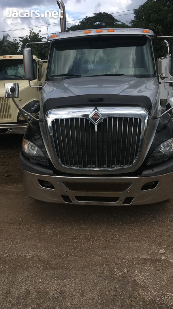 2013 International Prostar Truck-6