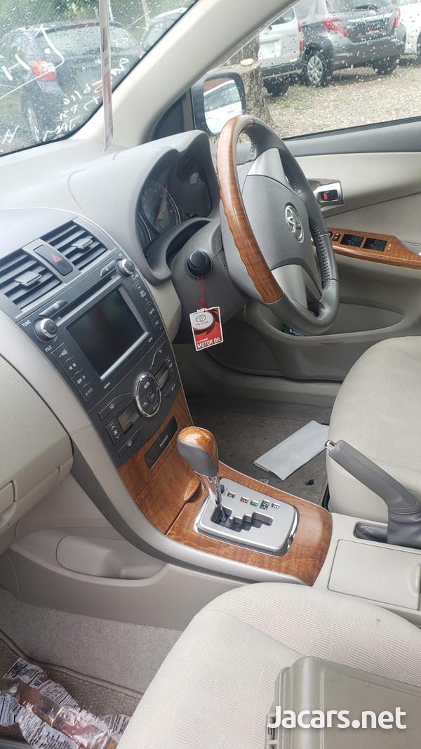 Toyota Axio 1,5L 2012-6