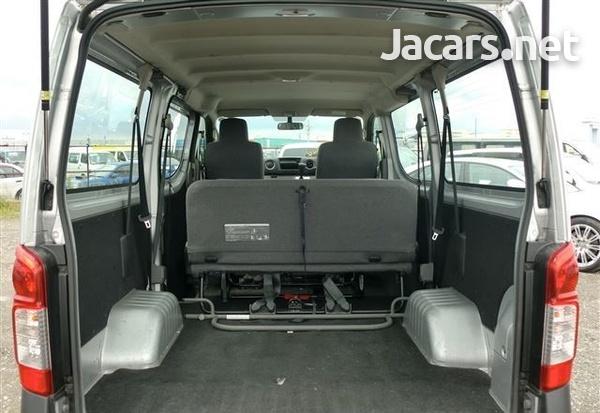 Nissan Caravan 2,0L 2016-6