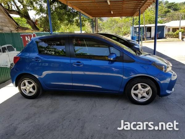 Toyota Vitz 1,3L 2016-3