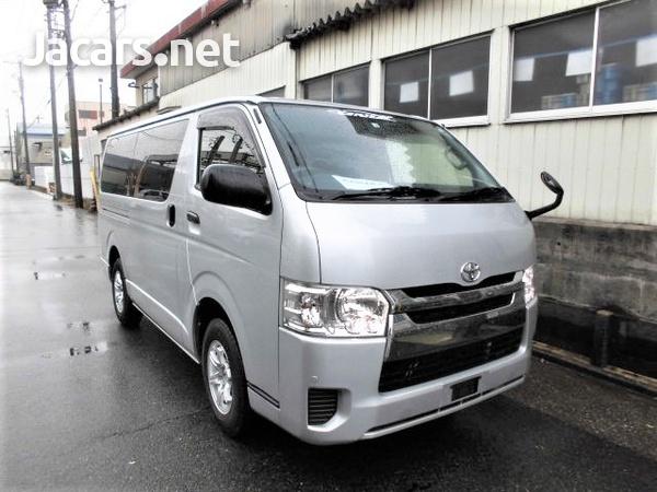 Toyota Hiace Van 2,0L 2016-1