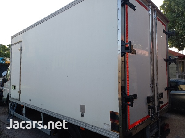 2011 Refrigerator Mitsubishi Canter Box Body Truck-2