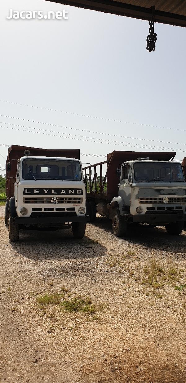 Leyland Trucks-1
